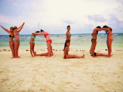 video yolo life group girls